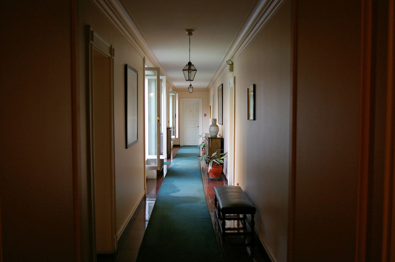 Hallway at the ESO guesthouse in Vitacura