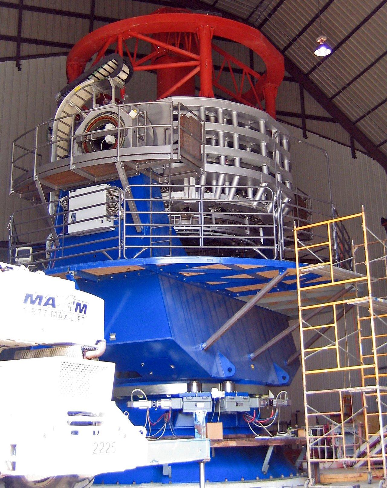 The VISTA telescope under construction