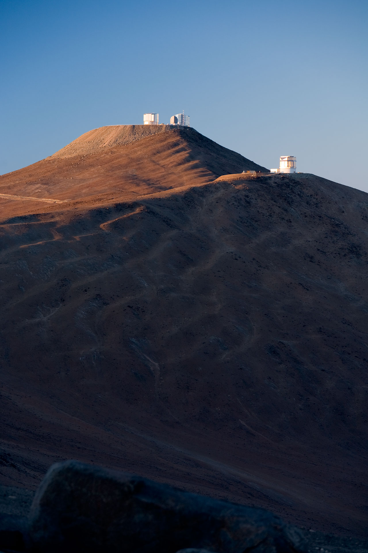 VLT and VISTA in Early Sunlight*