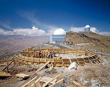 Building the MPG/ESO 2.2-metre telescope at La Silla