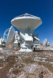 Testing ALMA antennas