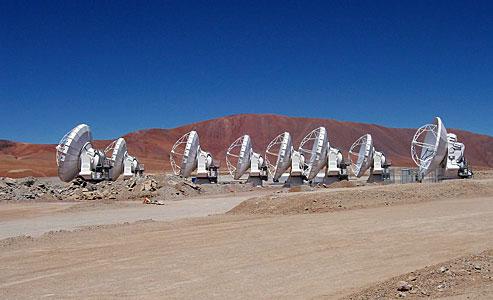 Eight ALMA antennas on Chajnantor