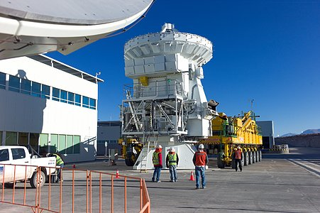 A 7-metre ALMA antenna on a transporter