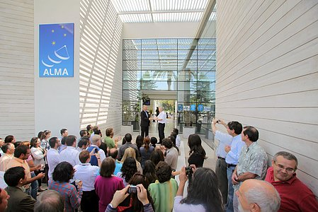 The new ALMA Santiago Central Office is handed over