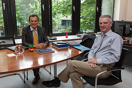 ESA astronaut Pedro Duque meets the ESO Director General