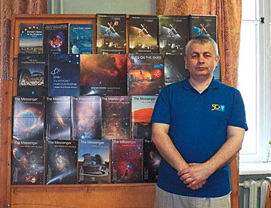ESO gives books to CrAO on the occasion of its 50th anniversary