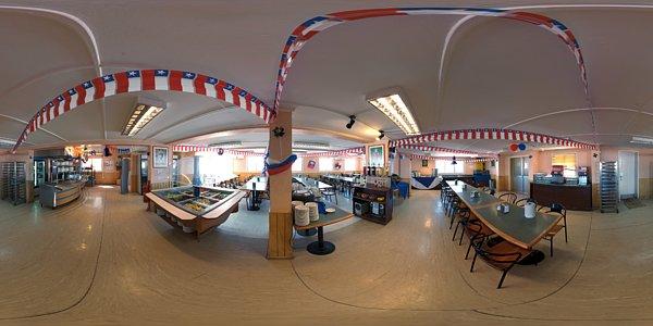 Basecamp canteen panorama