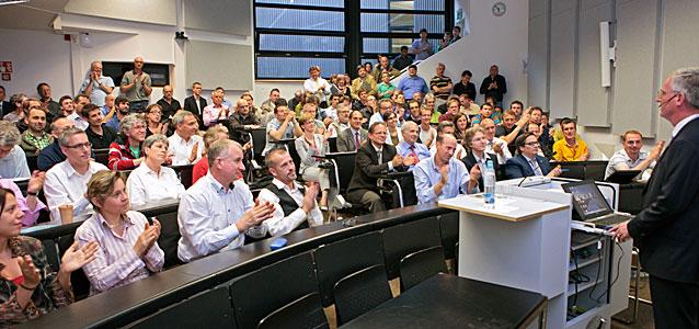 Tim de Zeeuw Gives a Talk