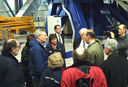 Commissioner Busquin visits Paranal II