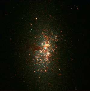 Big Stellar Cluster in the Blue Dwarf Galaxy NGC 5253