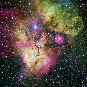 NGC 2467 dhe zonat rreth saj