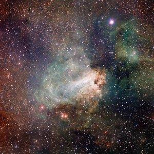 Imagem VST da região de formação estelar Messier 17