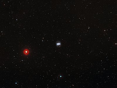 Wide-field view of the galaxy NGC1433