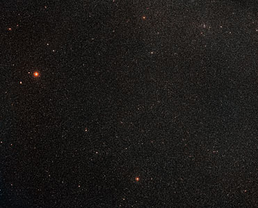 Wide-field view of the sky around the galaxy ESO 137-001