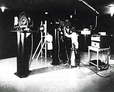 Coudé Echelle Spectrometer (CES)