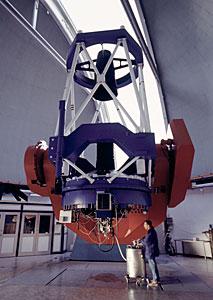 MPG/ESO 2.2-metre telescope - Daytime View