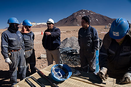 Workers at Chajnantor