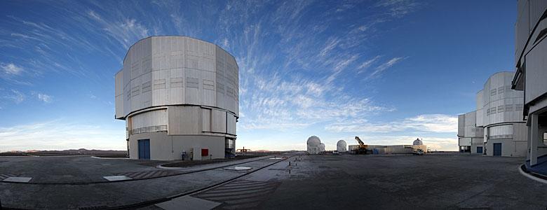 VLT Paranal panorama