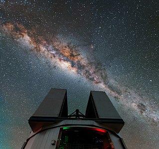 Glittering galactic bulge