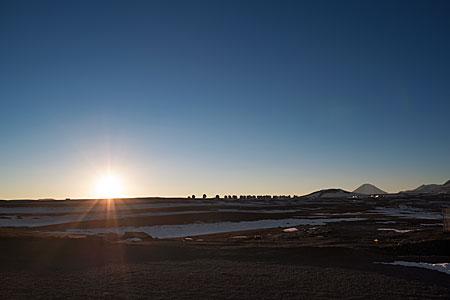 Chajnantor plateau at daybreak