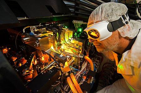 Laser specialist
