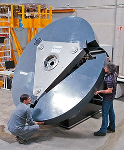 E-ELT M5 mirror prototype