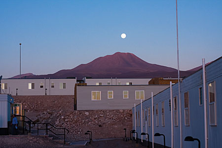 Moonrise over the ALMA Operations Support Facility