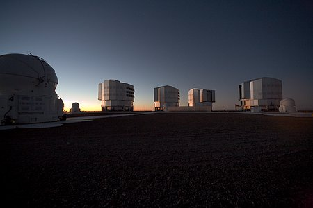 Evening view of Paranal and the VLT