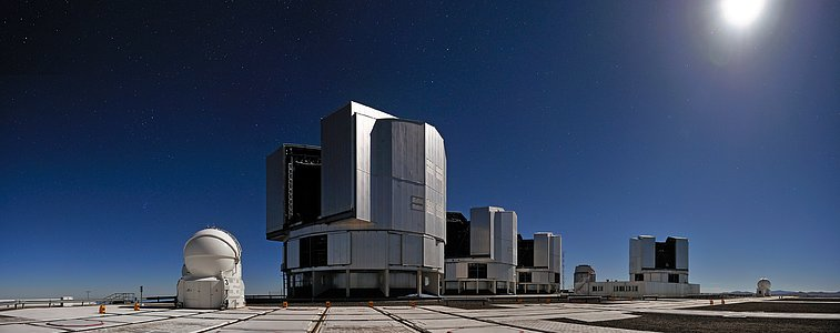 All Four VLT Unit Telescopes Working as One