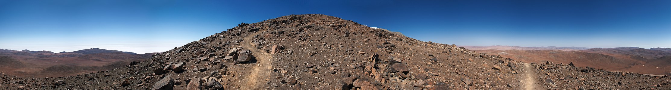 Boldly going up Cerro Paranal