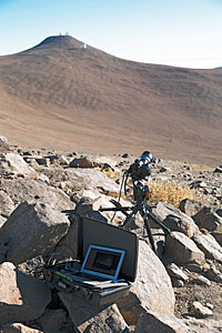 Time-lapse bot at Paranal