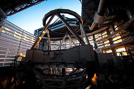 Sunlight Enters a VLT Dome