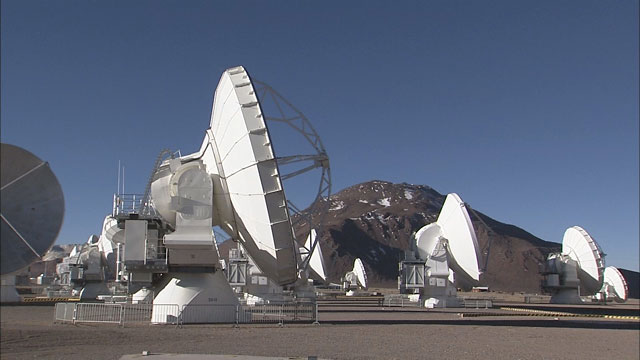 The ALMA array at the Chajnantor plane (part 13)