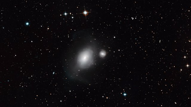 Zooming in on the galaxies NGC 1316 and 1317