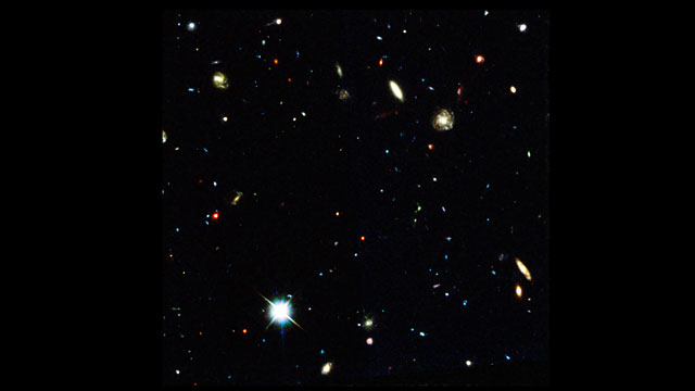 A video view of MUSE data of the Hubble Deep Field South