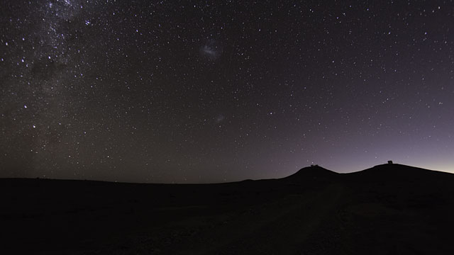 Distant Time-lapse of Paranal