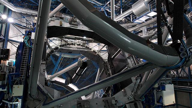 Unit Telescope 1 (UT1) in Action