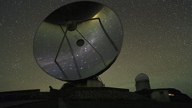 SEST and 3.6-m Telescope UHD Time-lapse of La Silla