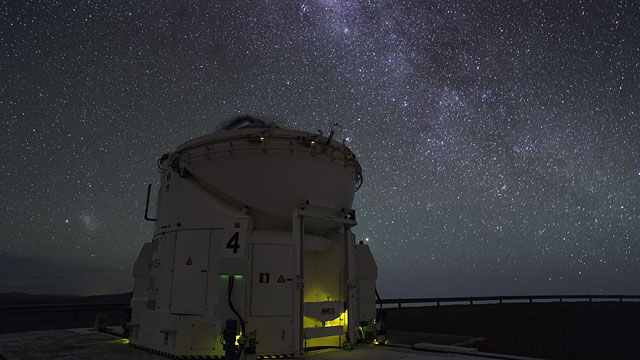 Auxiliary Telescope in Action at Paranal