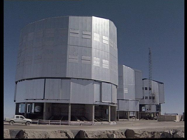 VLT - UT1, UT2 and UT3 - December 1996