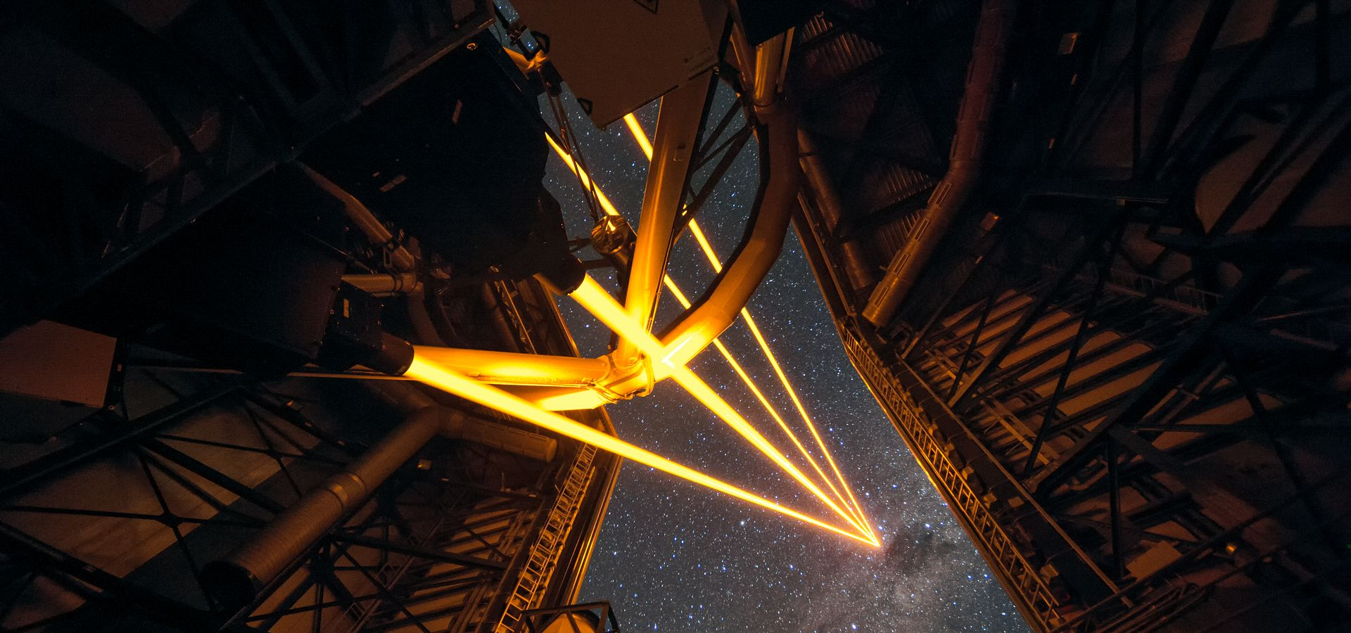Behind the scenes of the Adaptive Optics Facility