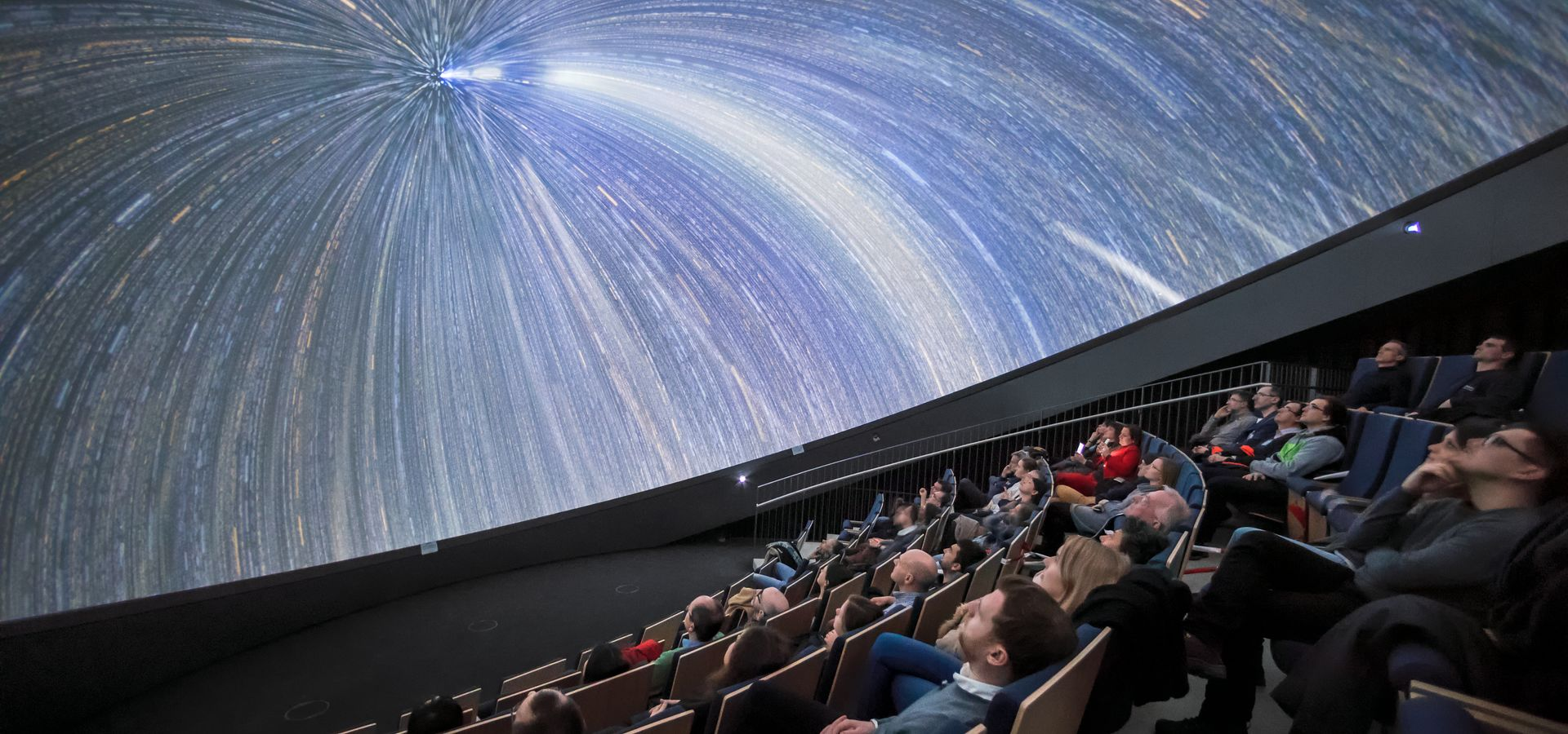 How to Install a Planetarium