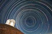 Треки звезд над 3.6-м телескопом ESO