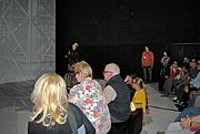 An audience overwhelmed by a 3D E-ELT