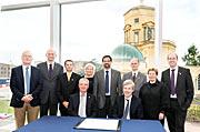 Vereinbarung für den Bau des HARMONI-Spektrographen für das E-ELT unterzeichnet