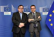 O Diretor Geral do ESO reúne-se com o Comissário Europeu de Investigação, Ciência e Inovação