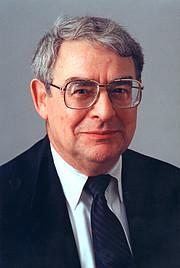 Riccardo Giacconi, ESO Director General (1993–1999)