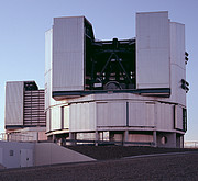 The VLT Unit Telescopes Yepun and Melipal