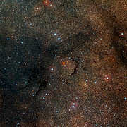 Wide-field view of the sky around the star cluster Westerlund 1