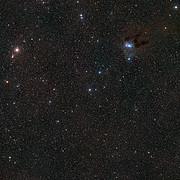 Okolí hvězdy MWC 480 na obloze